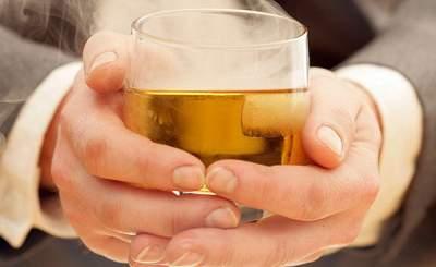Ученые объяснили разницу между пьянством иалкоголизмом